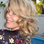 how to do a faux bob hair style+hair tutorial+curled hair -darker